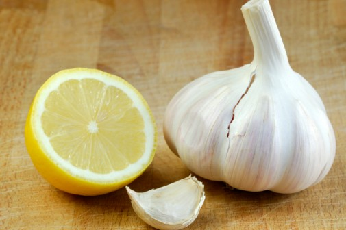 clean-blood-vessels-and-clogged-arteries-naturally-with-this-miracle-remedy-garlic-lemon
