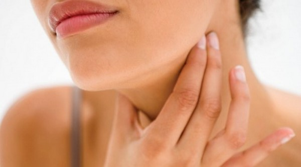 how-to-treat-hypothyroidism-naturally1